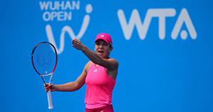 Simona Halep în turul 3 la Wuhan. Irina Begu a abandonat.